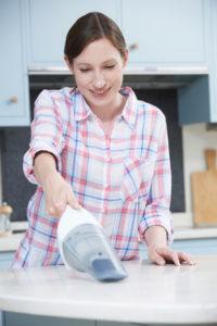 Wie viel Watt sollte ein Handstaubsauger haben?
